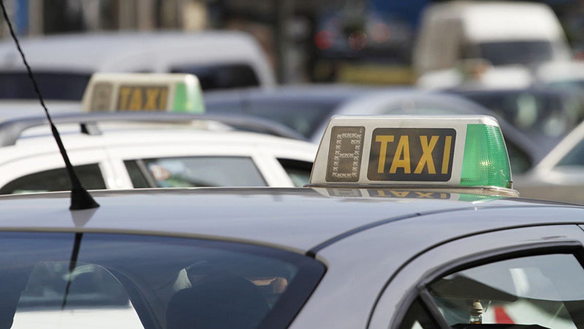 Renovación cartilla de taxi en Madrid