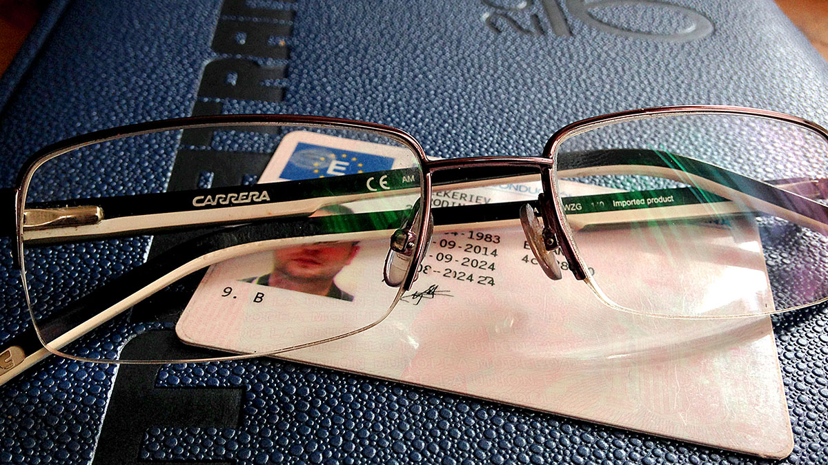 9c78c51834 Cómo eliminar el código de gafas del permiso de conducir?