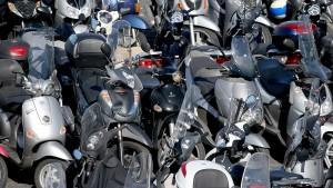 1456830504-ciclomotores-vespa-piaggio.jpg